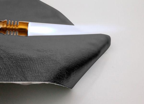 schwarze Hitzeschutzmatte bis 1.000°C Format 100x100cm selbstklebend